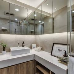 微型日光宅/C Residence Treasure Apartment: translation missing: tw.style.浴室.modern 浴室 by 爾聲空間設計有限公司