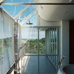 Bathroom: translation missing: tw.style.浴室.modern 浴室 by 鄭士傑室內設計
