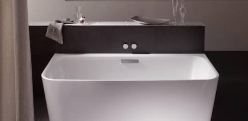 a mollo con stile quando la vasca da bagno diventa un pezzo di design. Black Bedroom Furniture Sets. Home Design Ideas