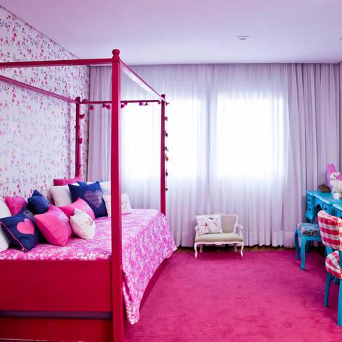 Cameretta bimba un mondo all 39 insegna del rosa - Tappeti per cameretta bimba ...