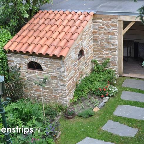 Tuinen met mediterraanse inrichting - Bedek een goedkoop terras ...