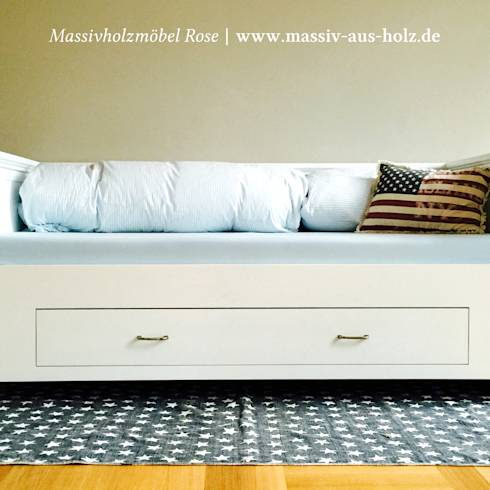 modernes holzbett aus massivholz. Black Bedroom Furniture Sets. Home Design Ideas