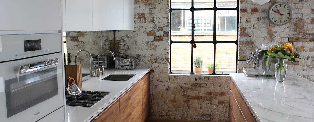 Massivholz Küchenfronten Dunkle Farbe Braun Schwarz
