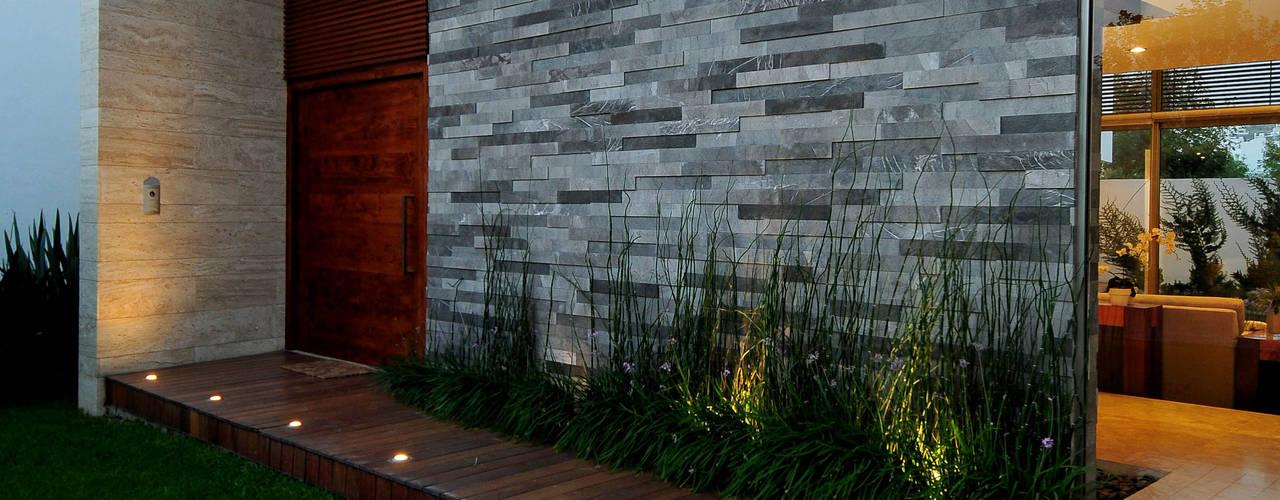 9 moderne ideen f r die fassade des hauses. Black Bedroom Furniture Sets. Home Design Ideas