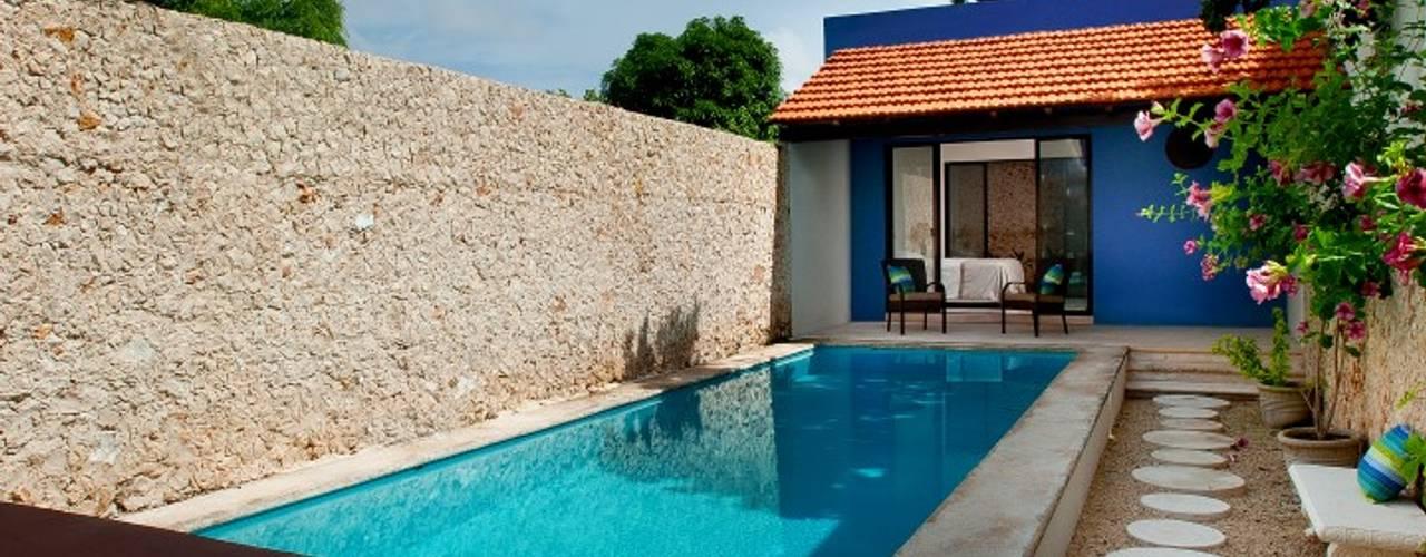 13 albercas especialmente para espacios peque os for Albercas de patio