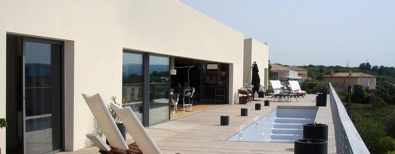 Projekty,  Balkon, taras i weranda zaprojektowane przez Hamerman Rouby Architectes