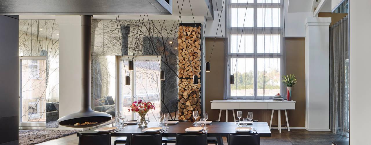 Loft ESN: moderne Esszimmer von Ippolito Fleitz Group – Identity Architects