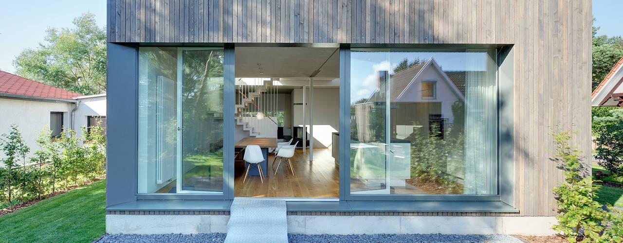 modern Windows & doors by Möhring Architekten