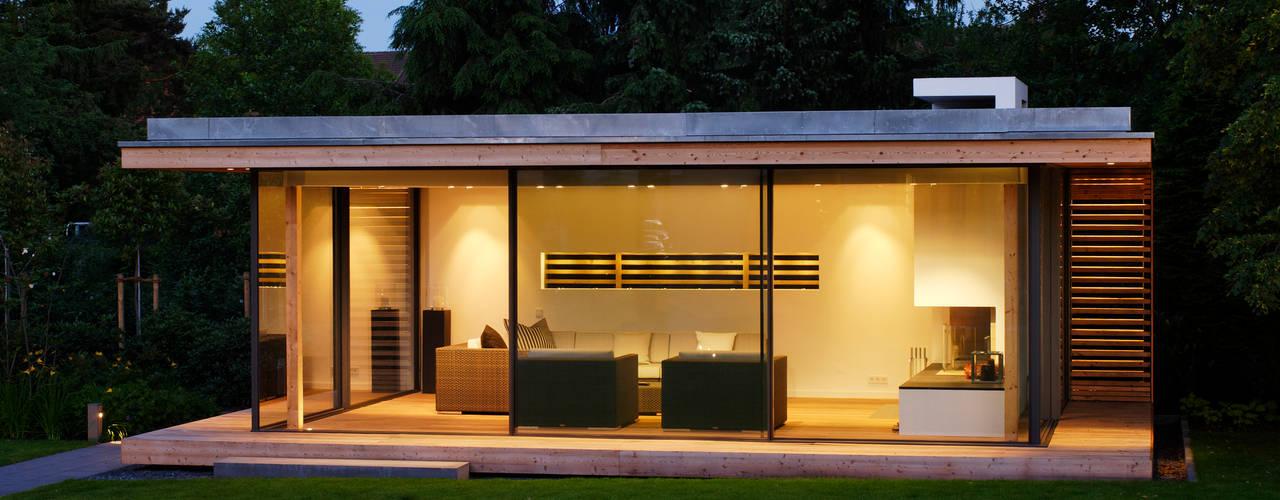 Un pavillon moderne pour embellir votre jardin for Pavillon de jardin moderne