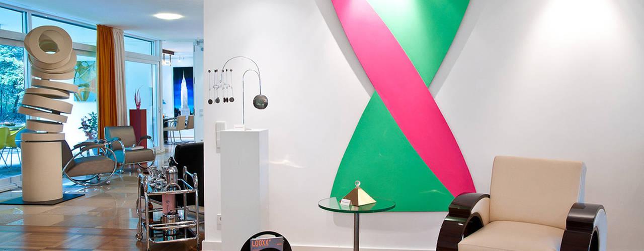 Einrichtung Villa Heusgen Showroom: minimalistische Wohnzimmer von Josephs Art Interior