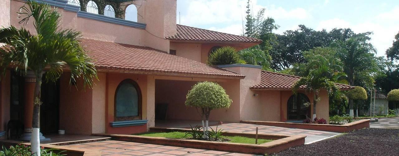 17 dise os de techos que har n lucir tu fachada for Tipos de techos de casas