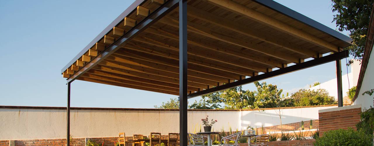 C mo construir un cobertizo en tu patio en 7 pasos - Como hacer cobertizo de madera ...