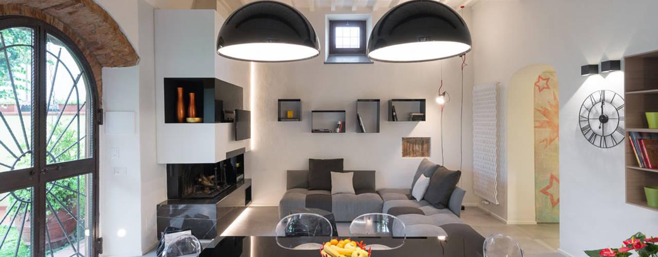 Comedores de estilo moderno por B+P architetti