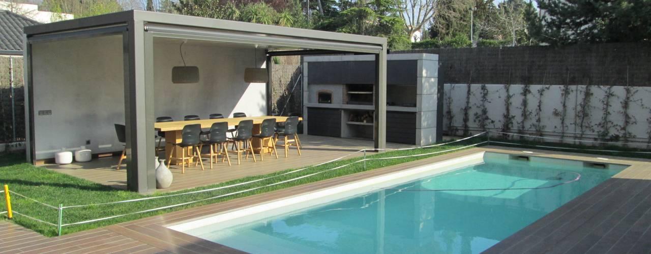 5 terrazas con piscina comedor y barbacoa fant sticas for Terrazas de piscinas