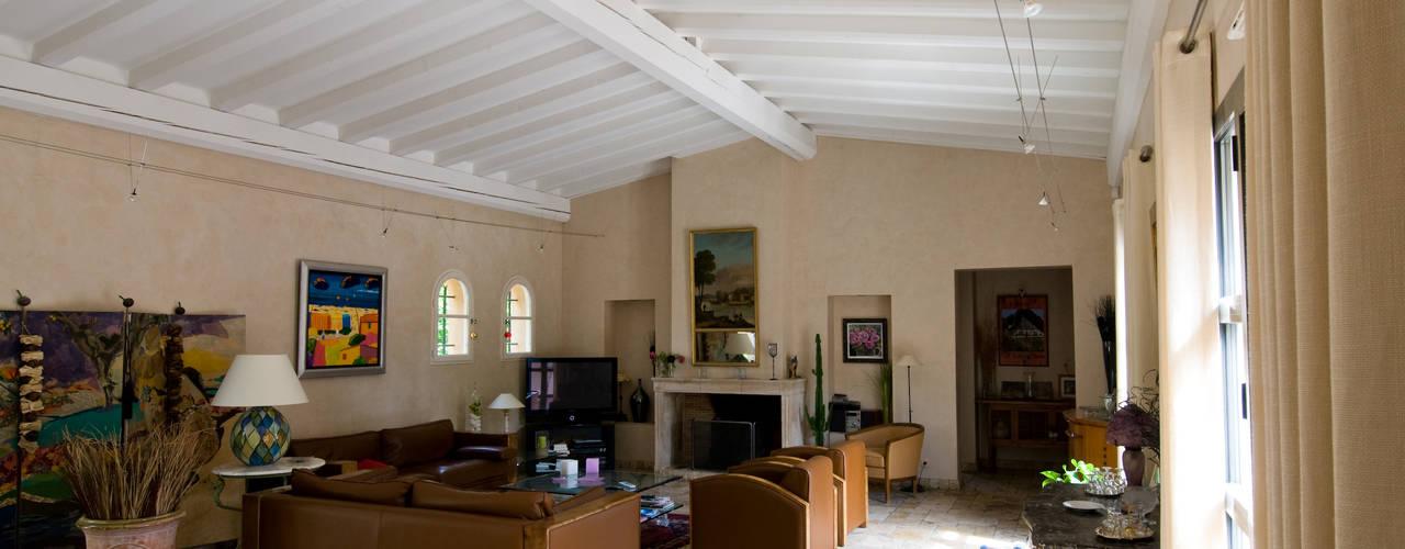 Una casa de campo con detalles muy elegantes for Detalles de una casa