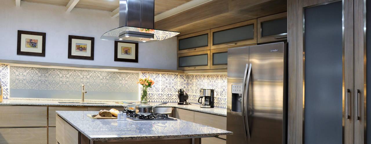 Cocinas modernas con isla para casas no muy grandes - Ancona cocinas ...