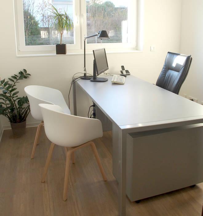 moderne arbeitszimmer bilder b ro f r baugl ck homify. Black Bedroom Furniture Sets. Home Design Ideas