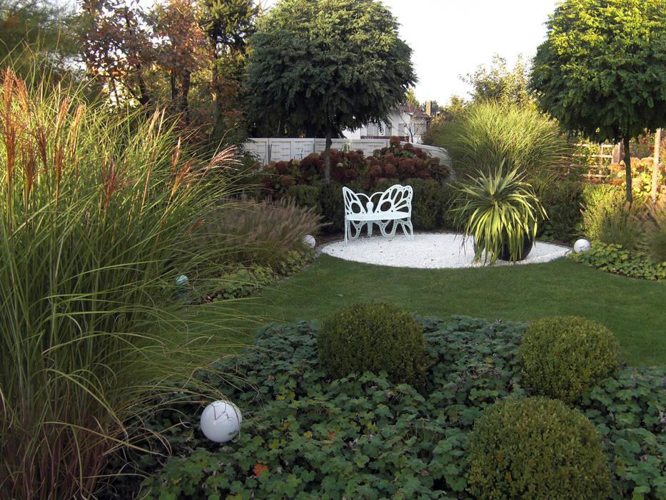 Gräser und buchsgarten moderner garten von planungsbüro stefan