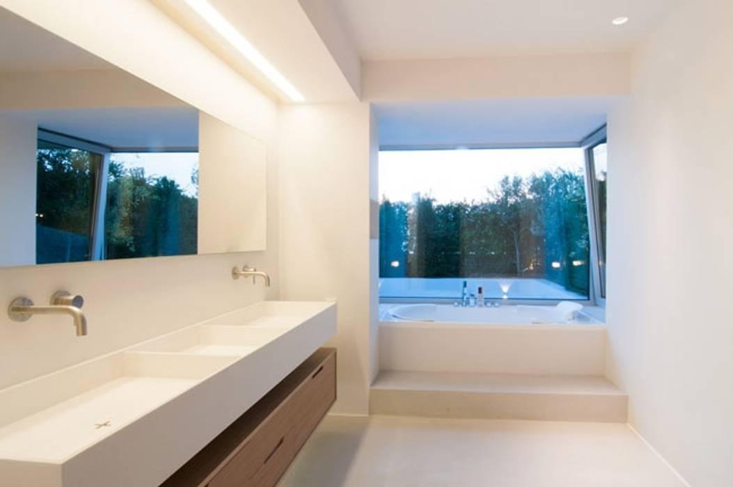 industriale badezimmer bilder badezimmer feuchtr ume in betonoptik homify. Black Bedroom Furniture Sets. Home Design Ideas