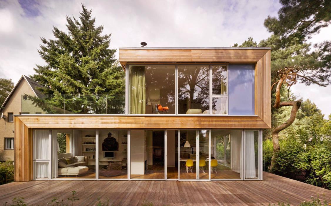 Foto di case in stile in stile moderno di innenarchitektur for Case stile moderno foto
