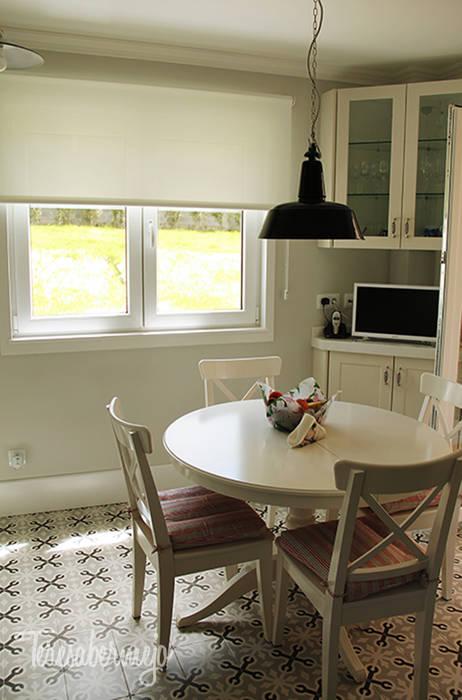 Foto di cucina in stile in stile scandinavo di dise adora for Disenadora de interiores