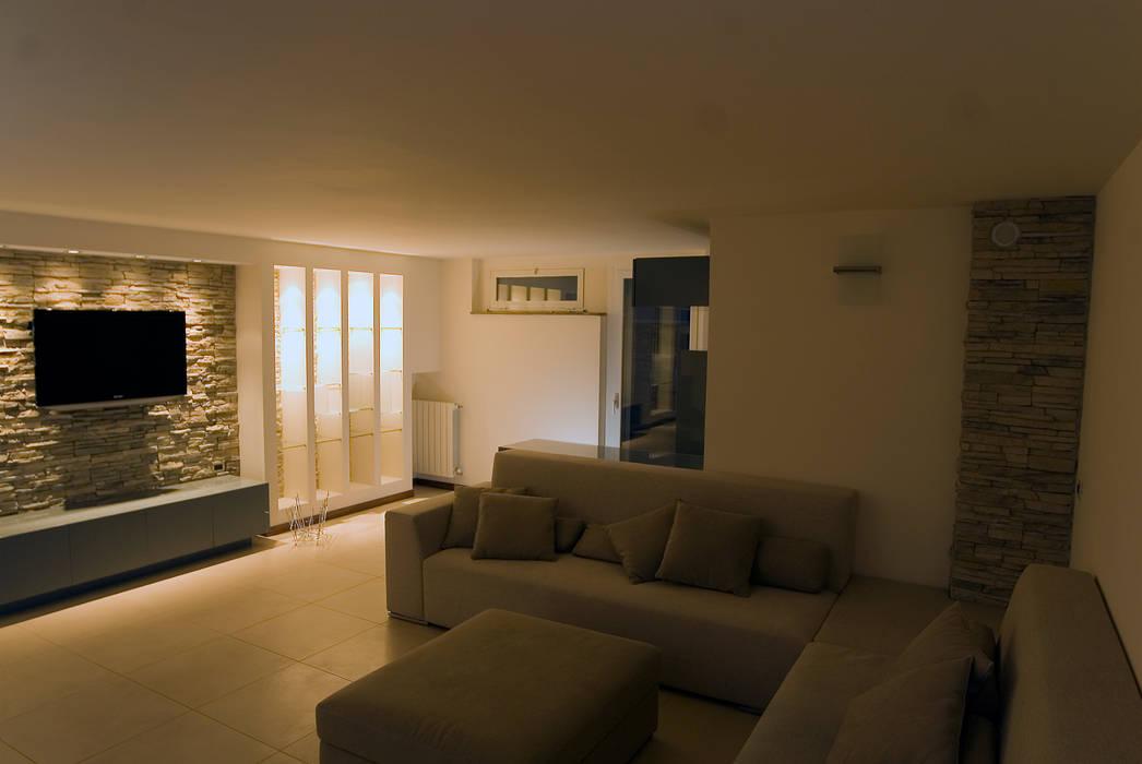 Foto di soggiorno in stile in stile moderno residenza for Design moderno della residenza