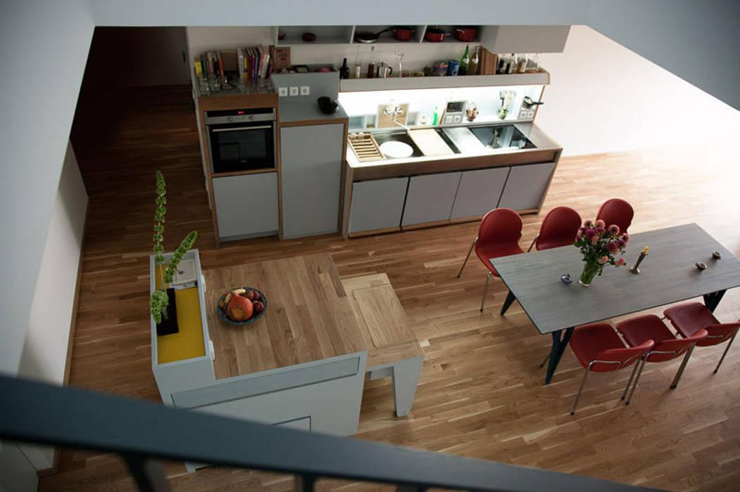 k che bilder fette v gel fliegen nicht homify. Black Bedroom Furniture Sets. Home Design Ideas