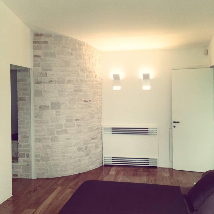 mediterrane schlafzimmer bilder von m12 architettura. Black Bedroom Furniture Sets. Home Design Ideas