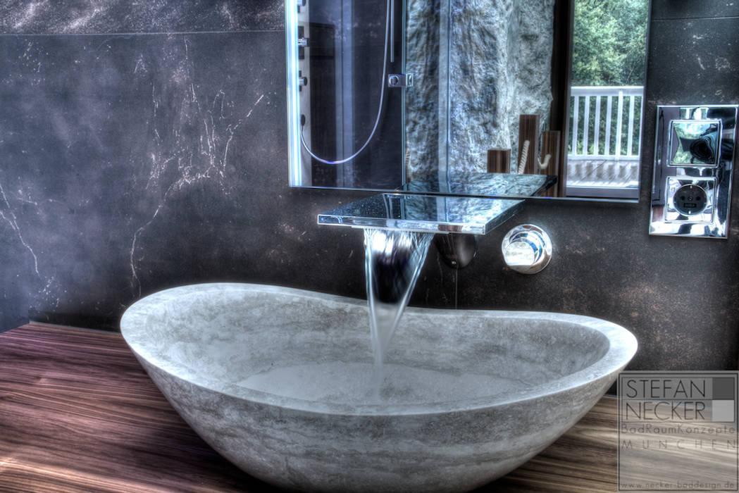 moderne badezimmer bilder wellness badezimmer im dachgeschoss homify. Black Bedroom Furniture Sets. Home Design Ideas