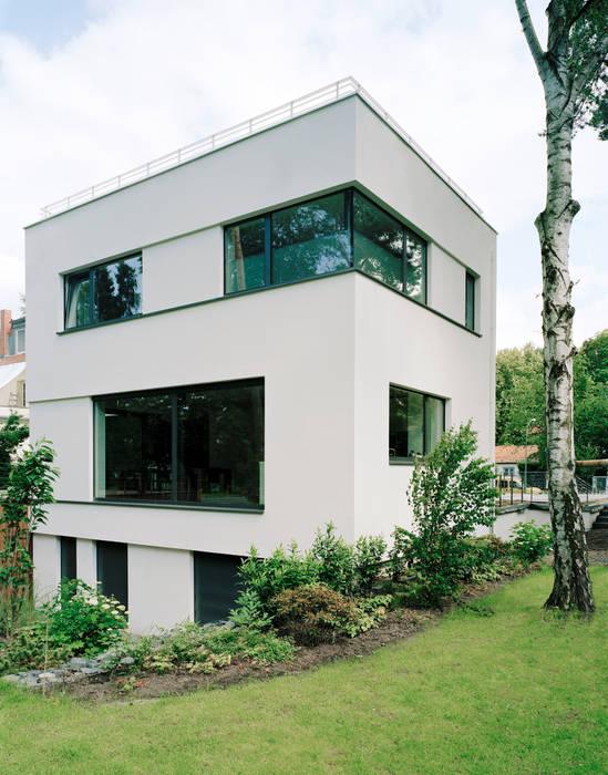 moderne h user bilder villa in berlin dahlem homify. Black Bedroom Furniture Sets. Home Design Ideas