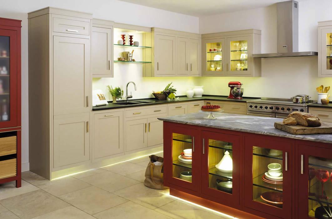Fotos de cocinas de estilo moderno mi cocina grange homify for Cocinas homify