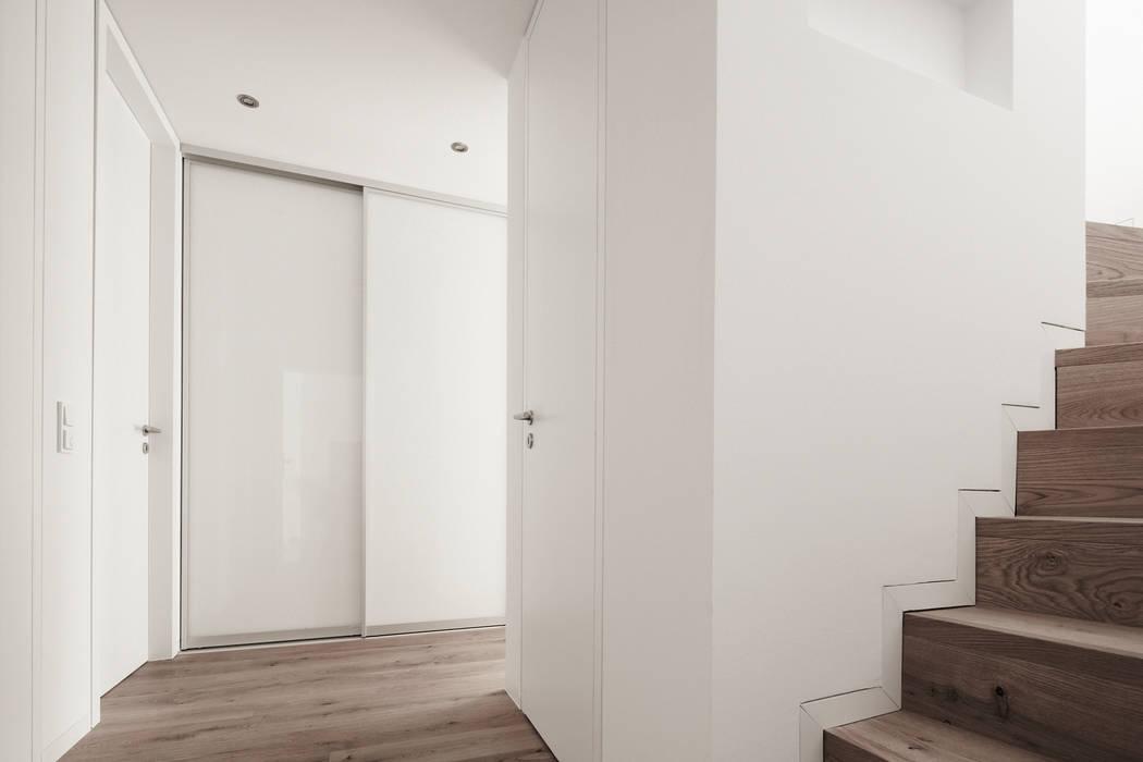moderne wohnzimmer bilder penthouse wohnung mitten in k ln homify. Black Bedroom Furniture Sets. Home Design Ideas