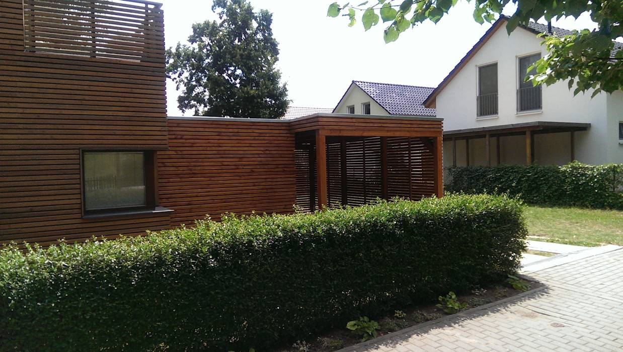 foto di garage rimessa in stile in stile moderno di m rkischer holzbau homify. Black Bedroom Furniture Sets. Home Design Ideas
