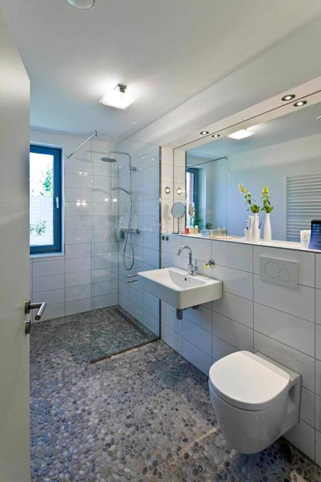 Bad 1: moderne Badezimmer von puschmann architektur