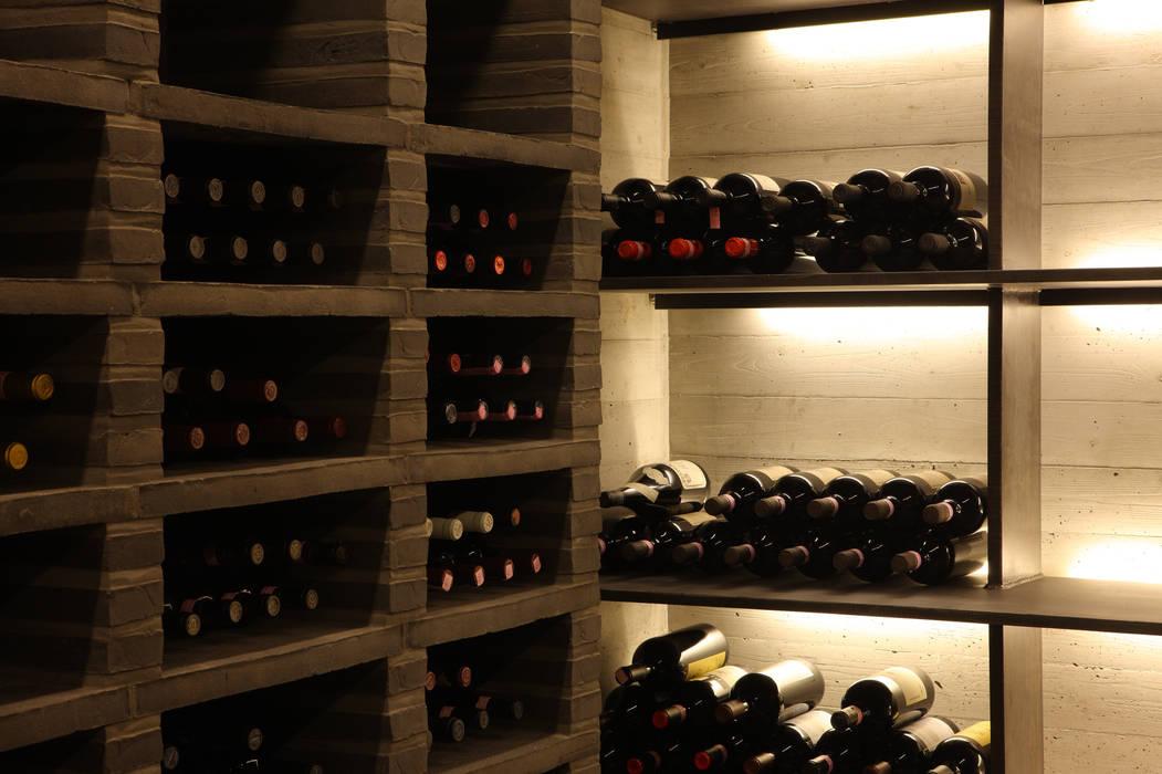 Foto 39 s van een moderne wijnkelder door snap architekten homify - Moderne wijnkelder ...