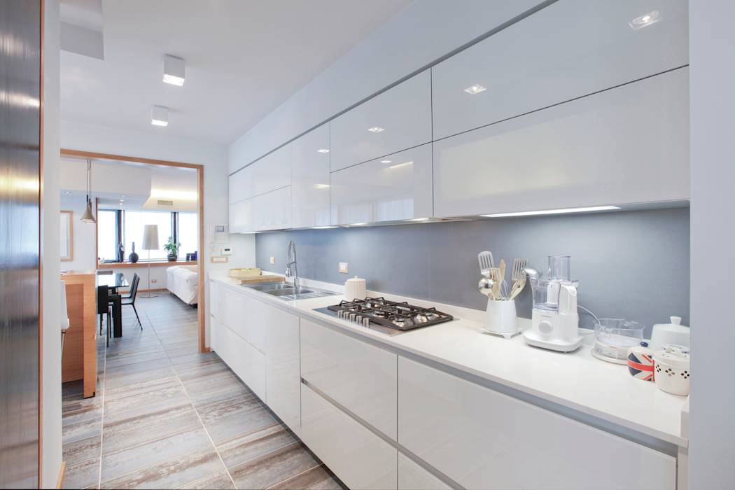Foto di cucina in stile in stile moderno la cucina homify for Piani di casa 700 piedi quadrati