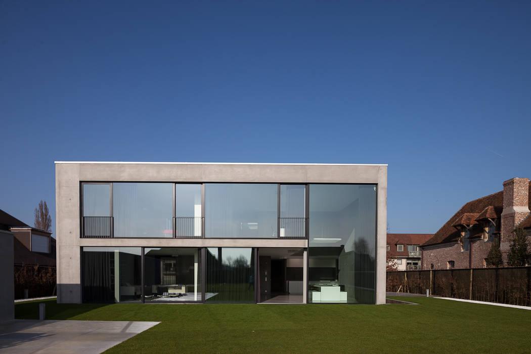 Foto 39 s van een minimalistische huizen woning en kantoor volledig in ter plaatse gestort beton - Huizen van de wereldbank ...