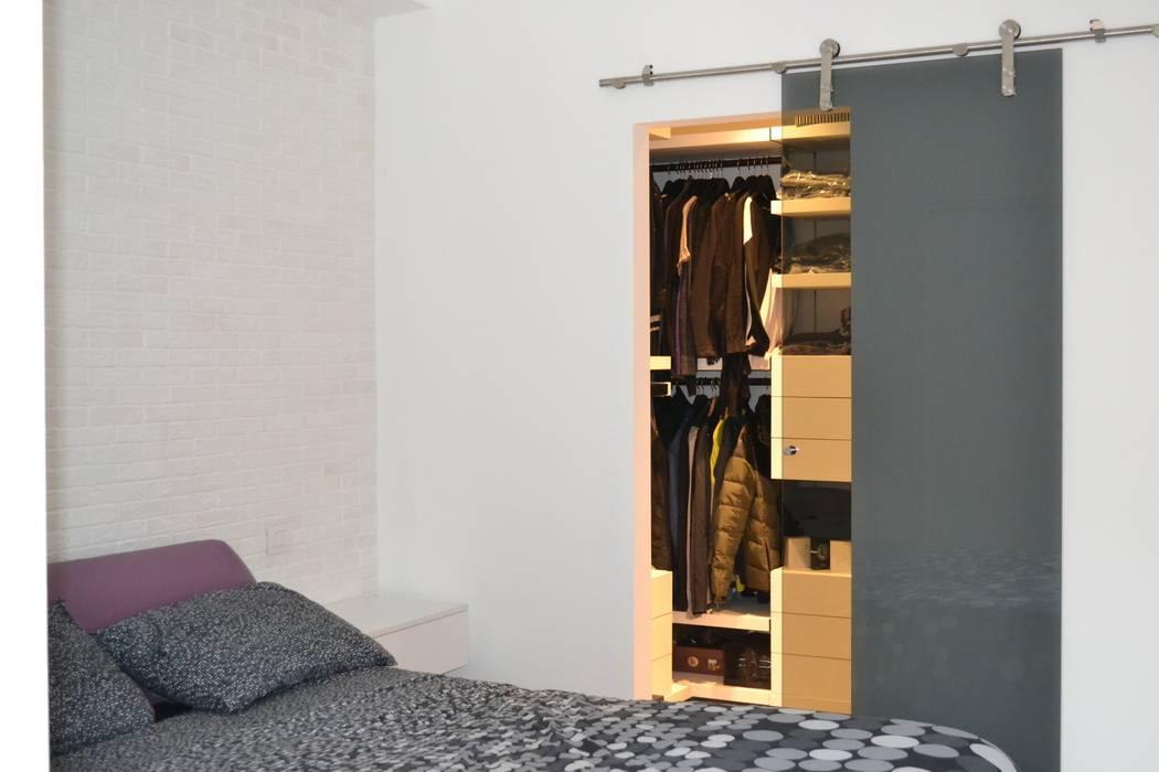 Foto di camera da letto in stile in stile moderno camera for Camera da letto in stile cabina