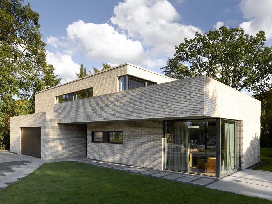 Bauhaus am alsterlauf moderne häuser von hgk hamburger