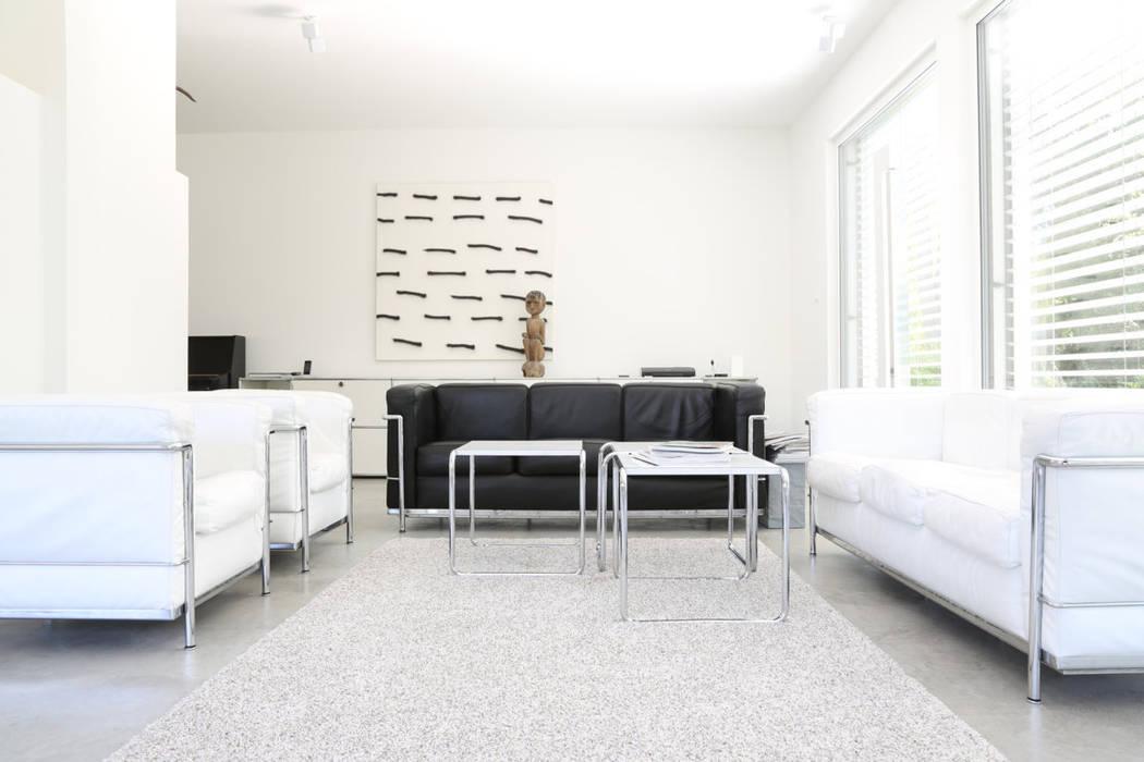 Minimalistische wohnzimmer bilder wohnbereich bauhaus for Architekten wohnzimmer