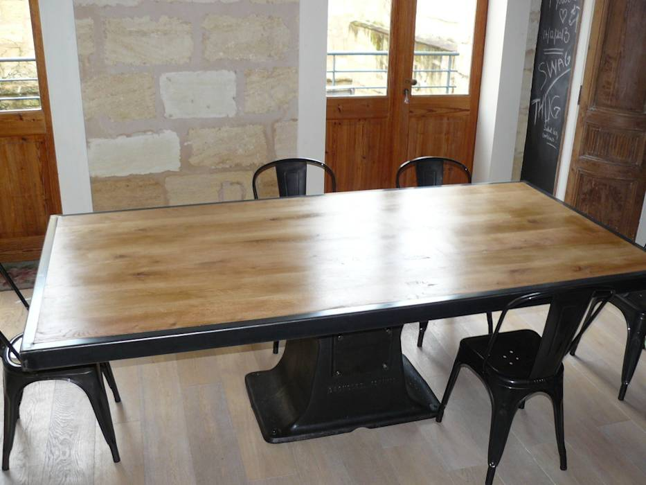 Photos de salle manger de style de style industriel - Table a manger pied central ...