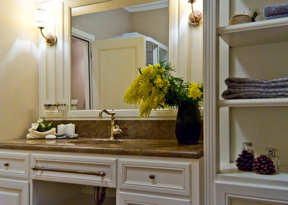 Foto di bagno in stile in stile mediterraneo la provenza - Design degli interni roma ...