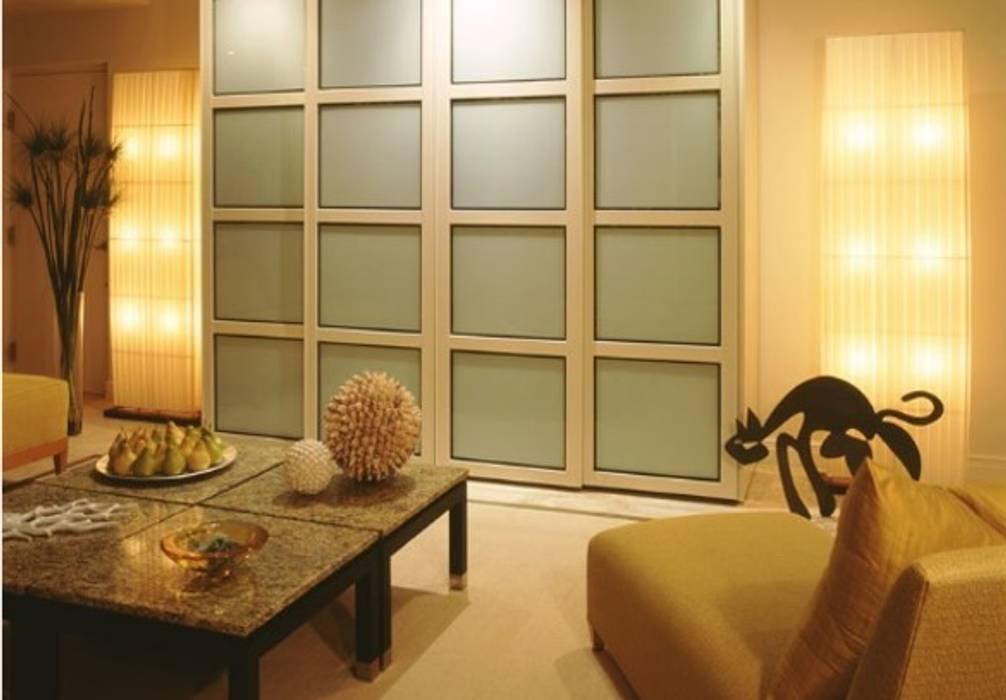 Fotos de puertas y ventanas de estilo moderno interiorismo departamentos las ventanas homify - Fotos de interiorismo ...