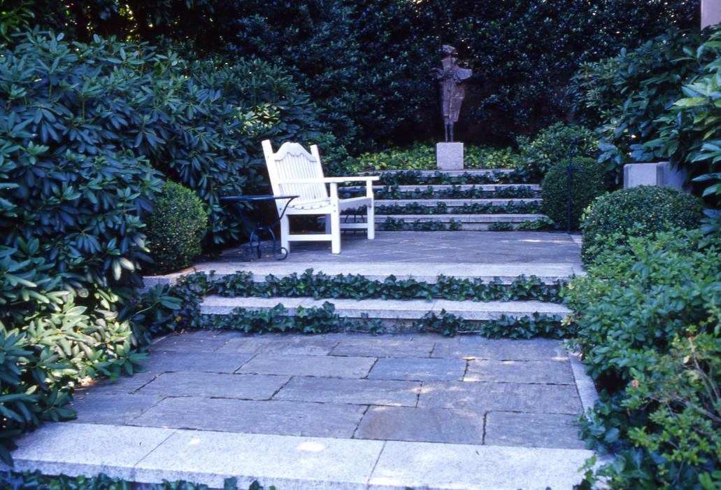 Foto di giardino in stile in stile eclettico progetto for Decorazione giardini stile 700