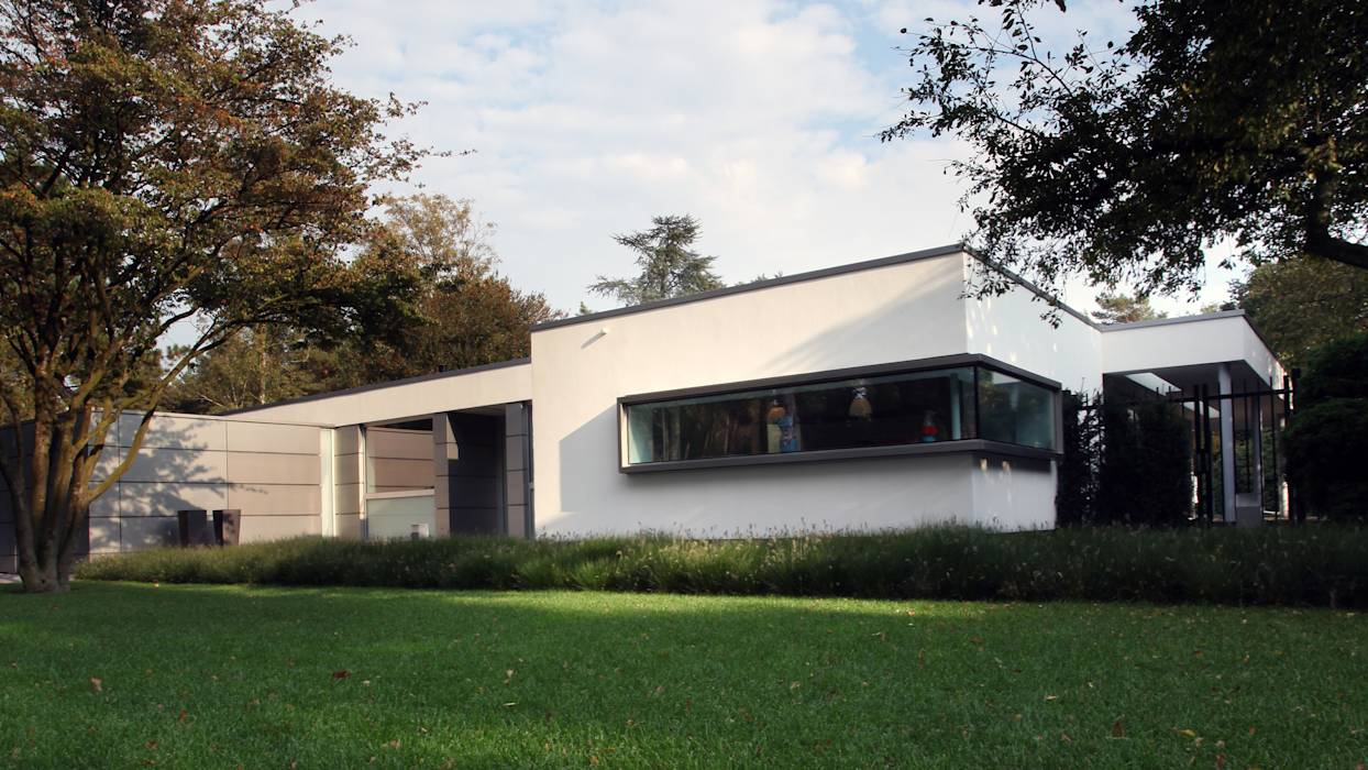 Foto 39 s van een moderne huizen voorgevel homify - Buiten villa outs ...