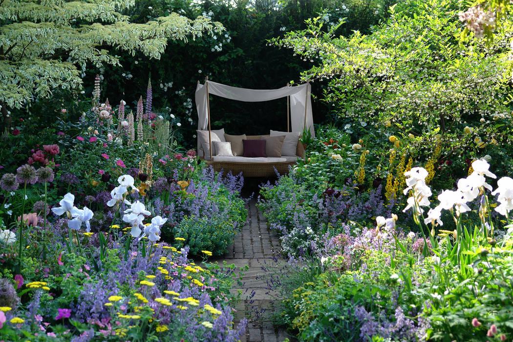 Foto di giardino in stile in stile moderno isola nel for Immagini di giardino moderno