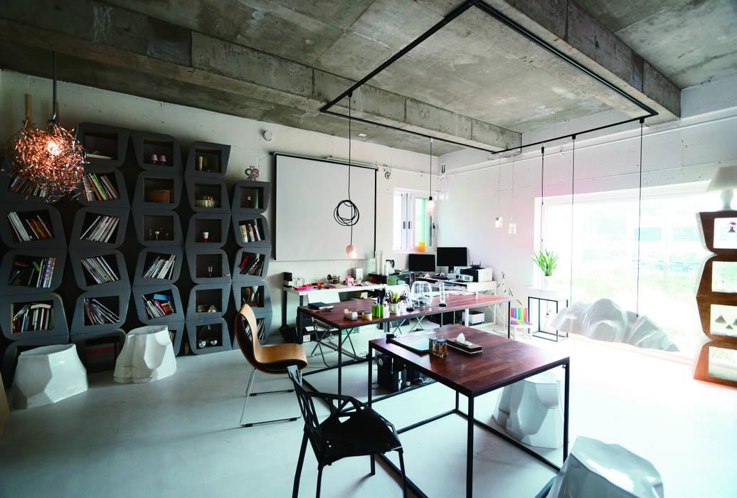 Foto di case in stile in stile moderno di second amie homify for Case stile moderno foto