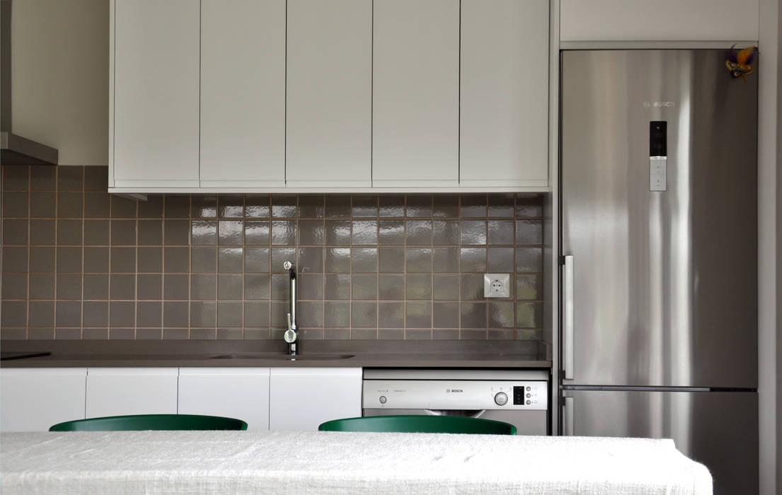 Fotos de cocinas de estilo moderno casa prefabricada - Cube casas prefabricadas ...
