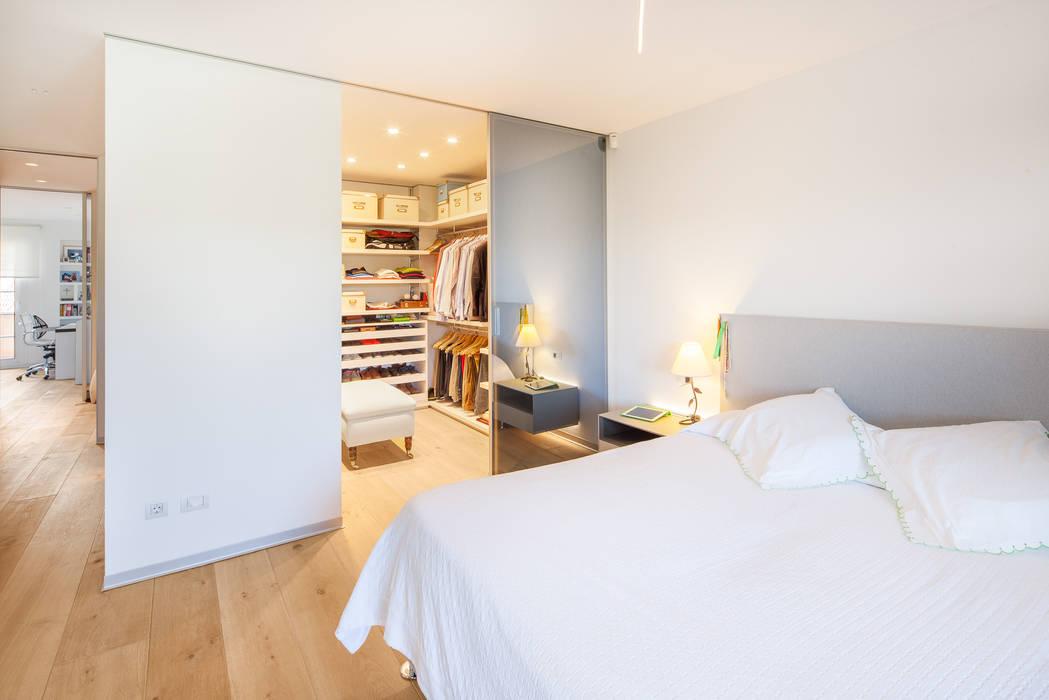 Foto di camera da letto in stile in stile coloniale homify - Chalet conde orgaz ...