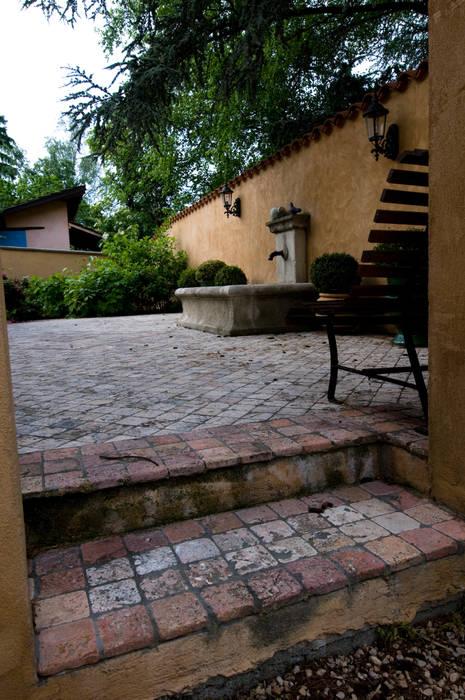 fotos de jardines de estilo cl sico de pierre bernard cr ation homify. Black Bedroom Furniture Sets. Home Design Ideas